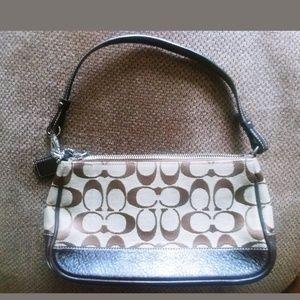 Vintage Mini Classic C Coach Handbag G062-6094